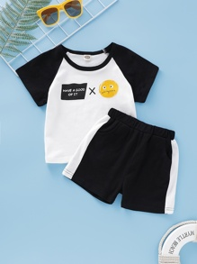 Toddler Boys Contrast Raglan Sleeve Letter Print Tee With Track Shorts