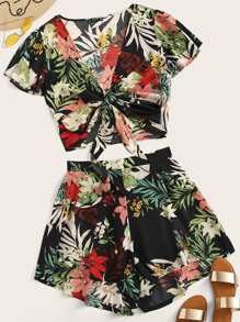 Plus Tropical Print Knot Top and Shorts Set