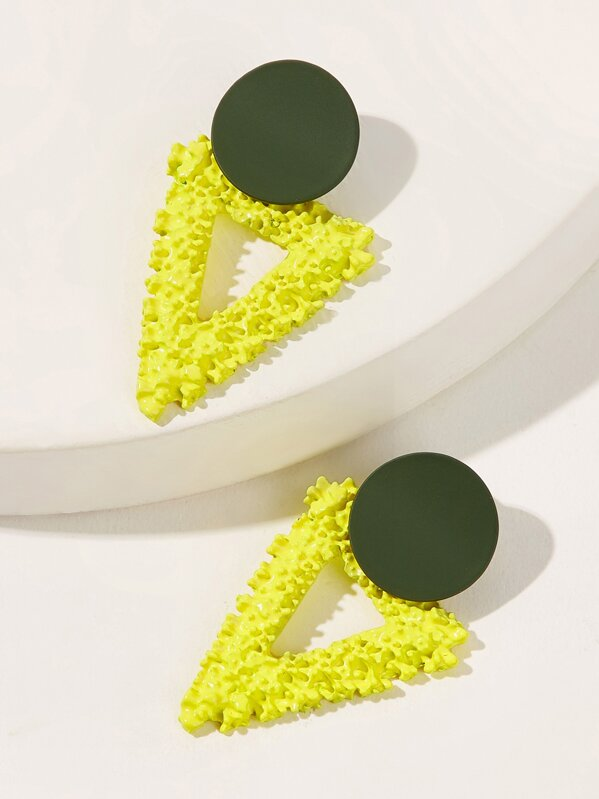 195975eb9c573 Neon Yellow Textured Triangle Stud Earrings 1pair