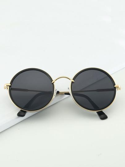 6ca5943f8 نظارات شمسية بإطار معدني للرجال
