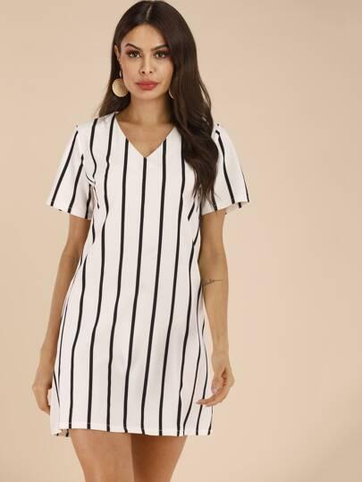 29589ad41c8 Striped V-neck Tunic Dress