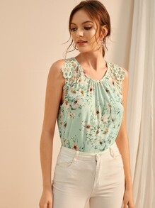 Floral Print Contrast Lace Sleeveless Blouse