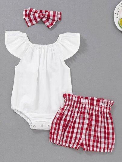 2f6fe23f5 Mono de bebé con encaje en contraste con shorts de guingán con diadema