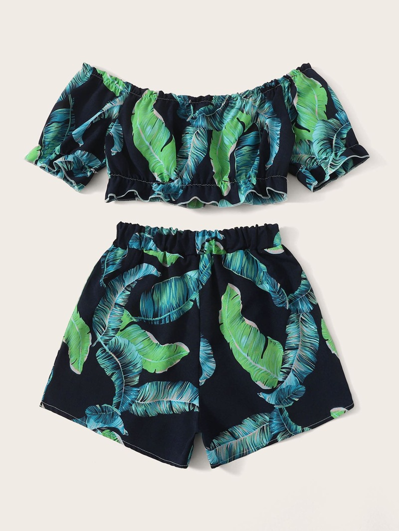 Conjunto estampado con de top pantalones cortos y tropical CrBodxe