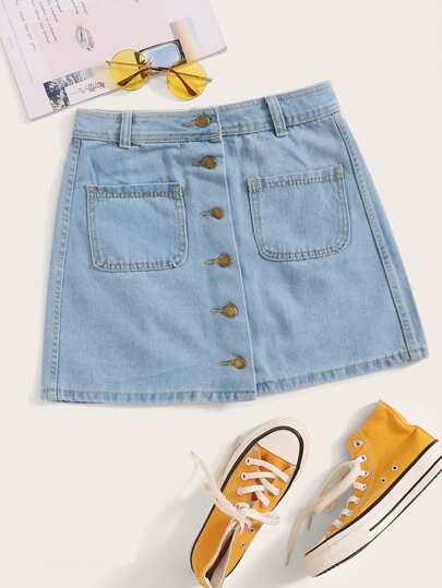 Plus Dual Pocket Button Front Denim Skirt