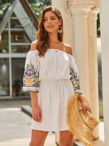 Off-shoulder Floral Embroidery Dress