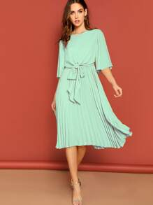 Zip Back Knot Front Pleated Dress