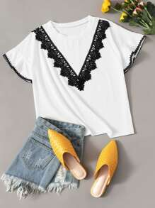 Lace Contrast Colorblock Tee