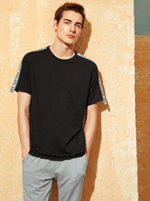 Men Letter Tape Shoulder Tee