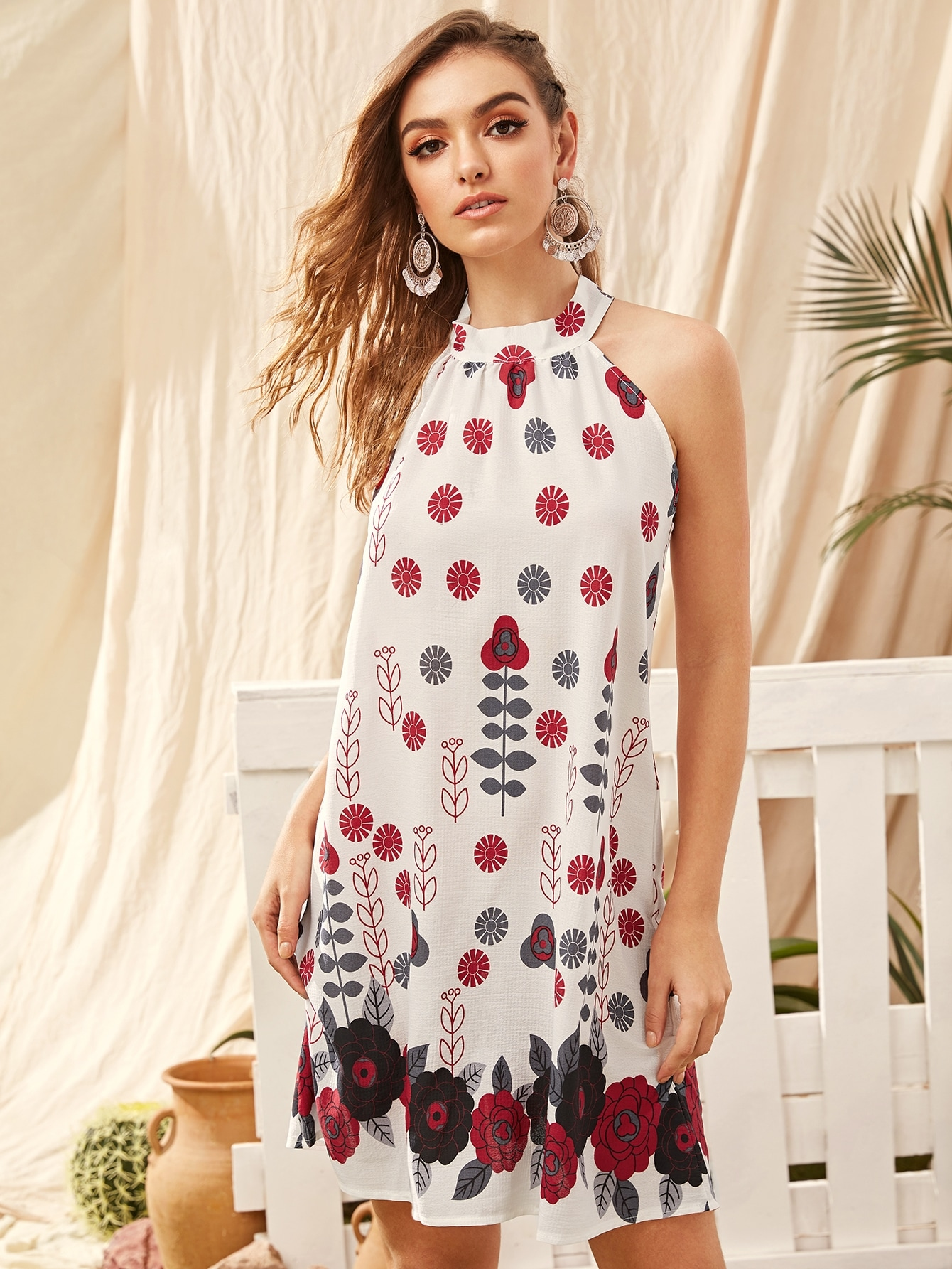 Kleid mit Blumen Muster, Band hinten und Neckholder | SHEIN