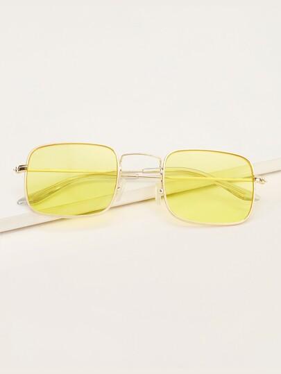 ebe4d2f5e1 Mouth Design Tinted Lens Sunglasses   SHEIN