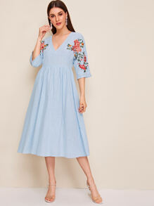 Deep V-neck Embroidery Floral Flare Dress