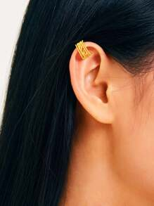 Textured Hollow Ear Clip 1pc