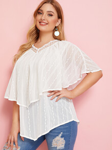 Plus Contrast Lace Ruffle Trim Blouse