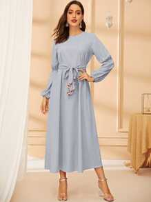 3D Appliques Belted Lantern Sleeve Swing Dress