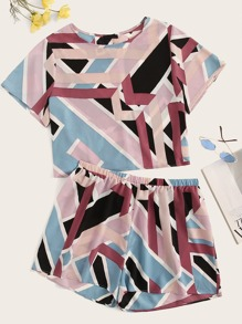 Plus Allover Geo Print Top & Shorts Set