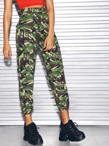 Camo Print Flap Pocket Crop Cargo Jeans