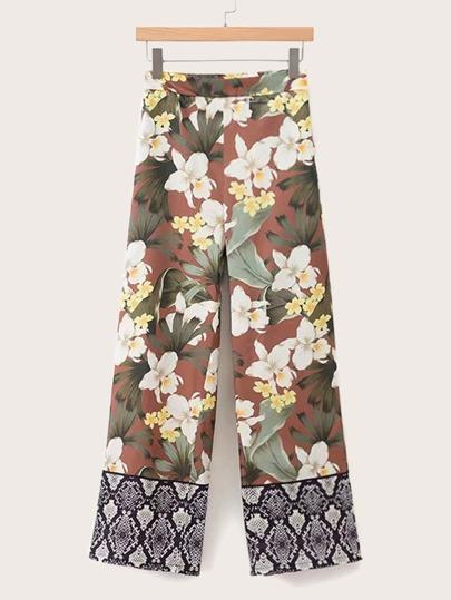 7a362b2aaa Contrast Snakeskin Panel Floral Print Wide Leg Pants