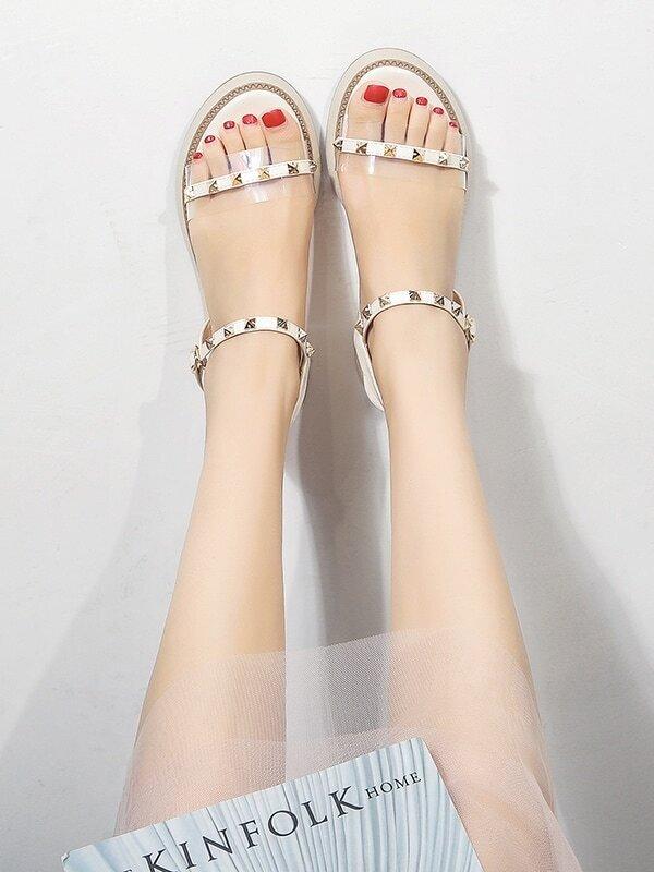 Open Wedge Decor Studded Toe Sandals jVpSGUzLqM