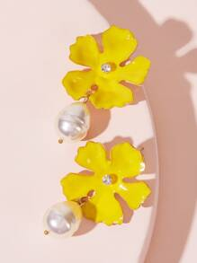 Faux Pearl Decor Flower Earrings 1pair