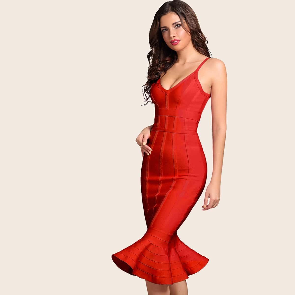 однотонное платье-русалка на бретелях