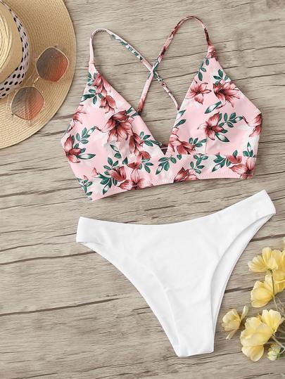246919c2f087bc Bikini Set mit Blumen Muster und Kreuzgurte