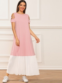 Crisscross Sleeve Pleated Maxi Dress