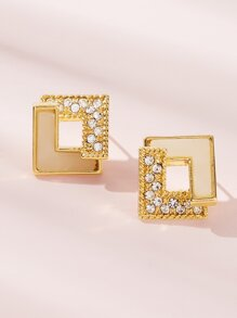 Rhinestone Engraved Square Earrings 1pair