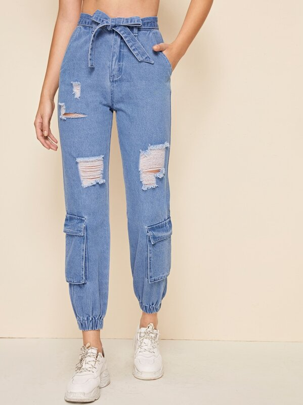 98d8e10b04 Bleach Wash Ripped Pocket Patch Carrot Jeans