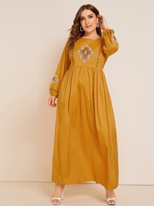 Plus Embroidery Bishop Sleeve Maxi Dress