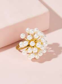 Faux Pearl Cluster Decor Ring 1pc