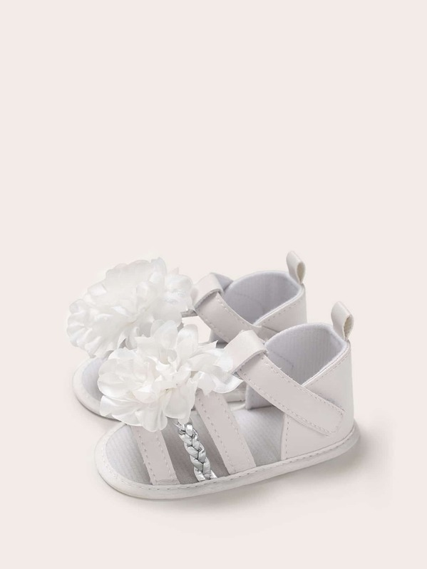 5e5c09b153 Baby Girls Floral Applique Braided Detail Sandals
