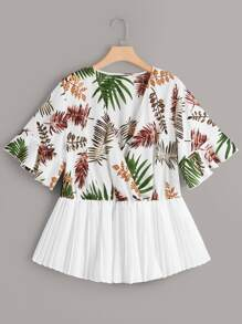 Plus Leaf Print Surplice Front Pleated Hem Blouse