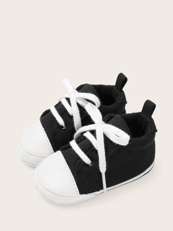 d0d3cefa1a Baby Boys Lace-up Front Two Tone Sneakers