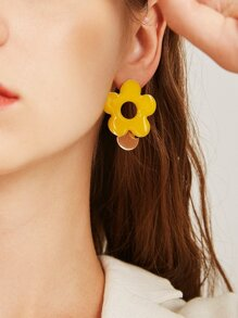 Flower & Disc Decor Earrings 1pair
