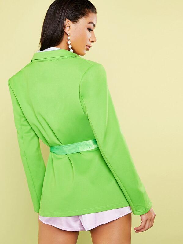 dd095c2852 Blazer de cuello notch verde neón con cinturón de satén   SHEIN ES