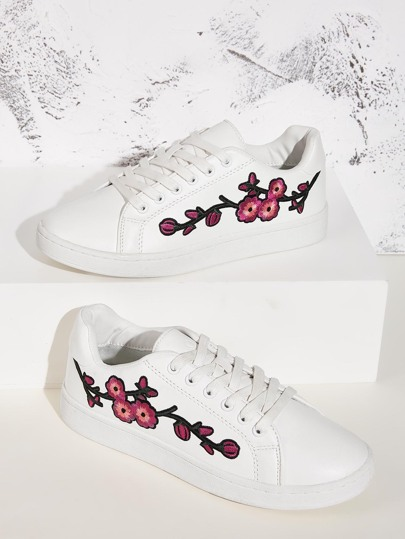 Floral Embroidered Lace-up Front Sneakers