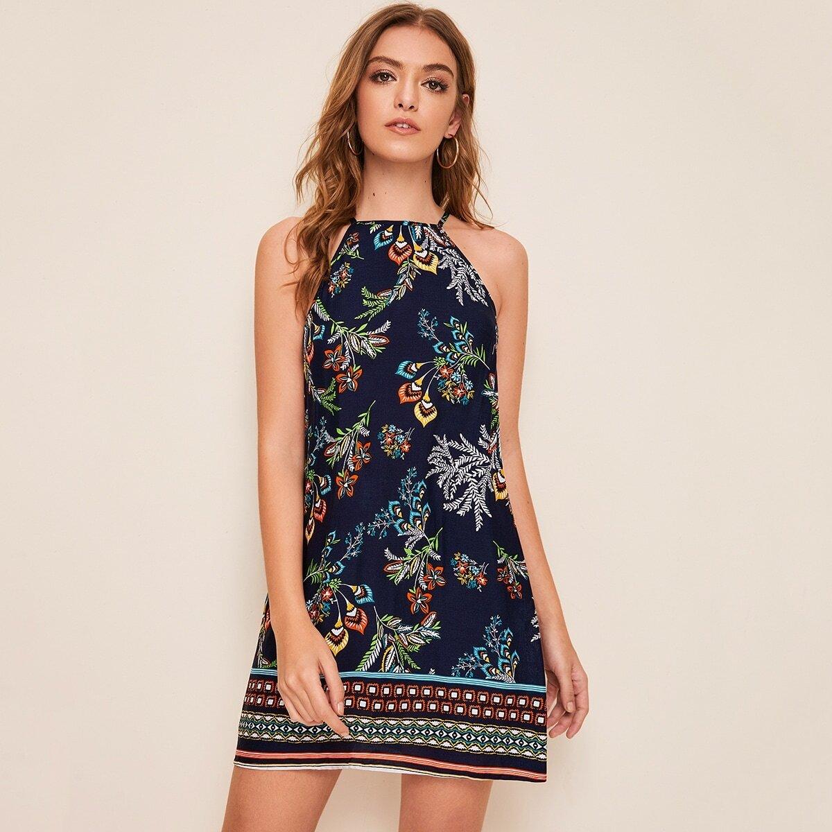 Платье с графическим принтом и халтером
