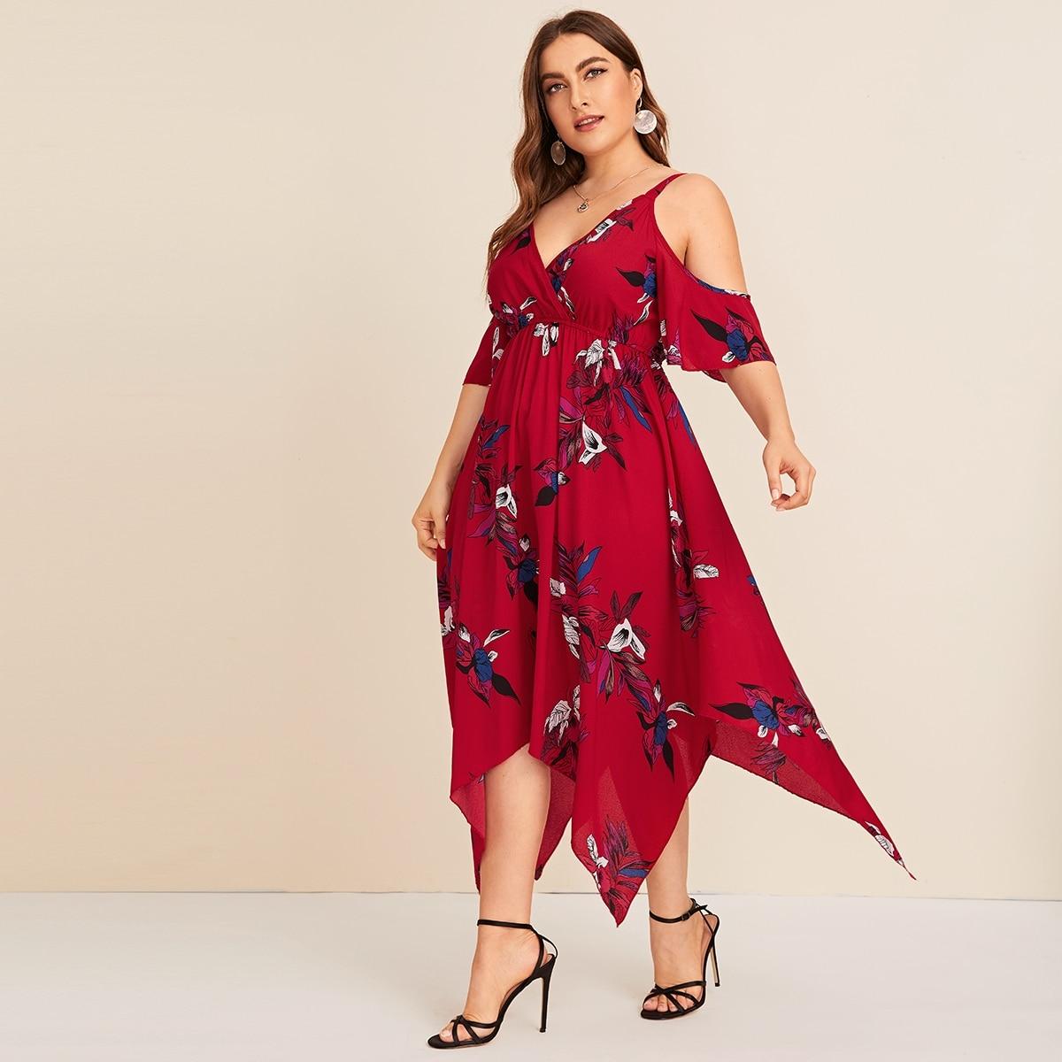 Асимметричное платье размера плюс с открытыми плечами и цветочным принтом