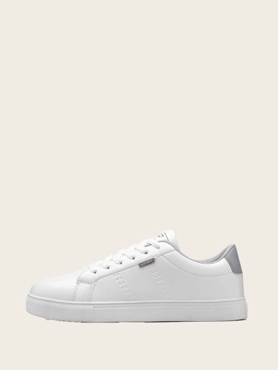 Guys Lace-up Front Low Top Sneakers