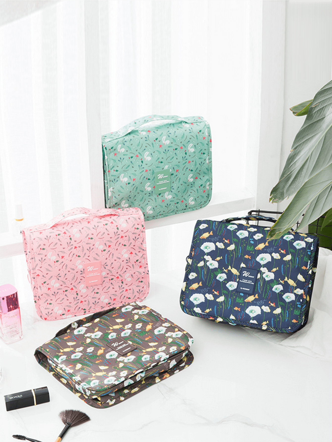 Floral Print Hanging Cosmetic Storage Bag 1pc