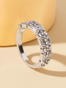 Rhinestone Engraved Ring 1pc