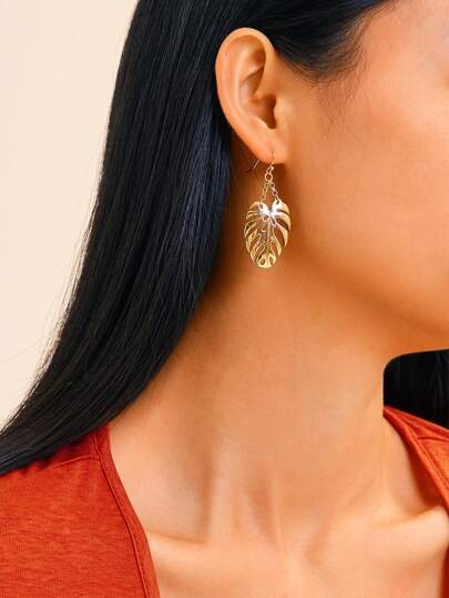 Palm Shaped Drop Earrings 1pair