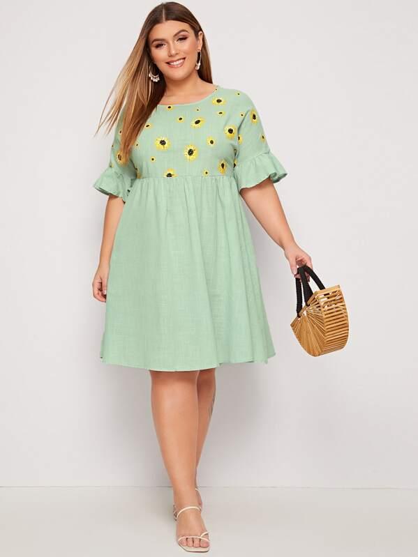 Plus Ruffle Cuff Sunflower Print Smock Dress