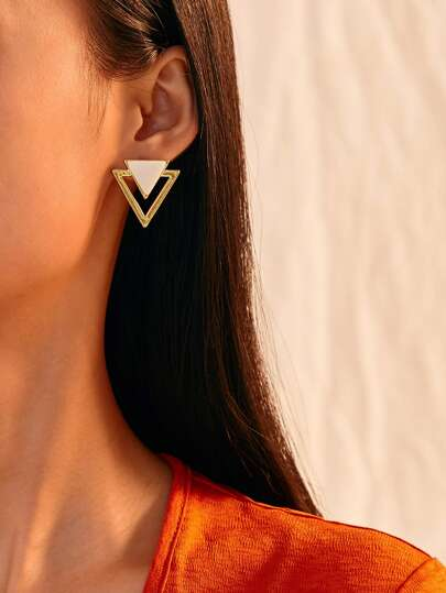Two Tone Triangle Earrings 1pair