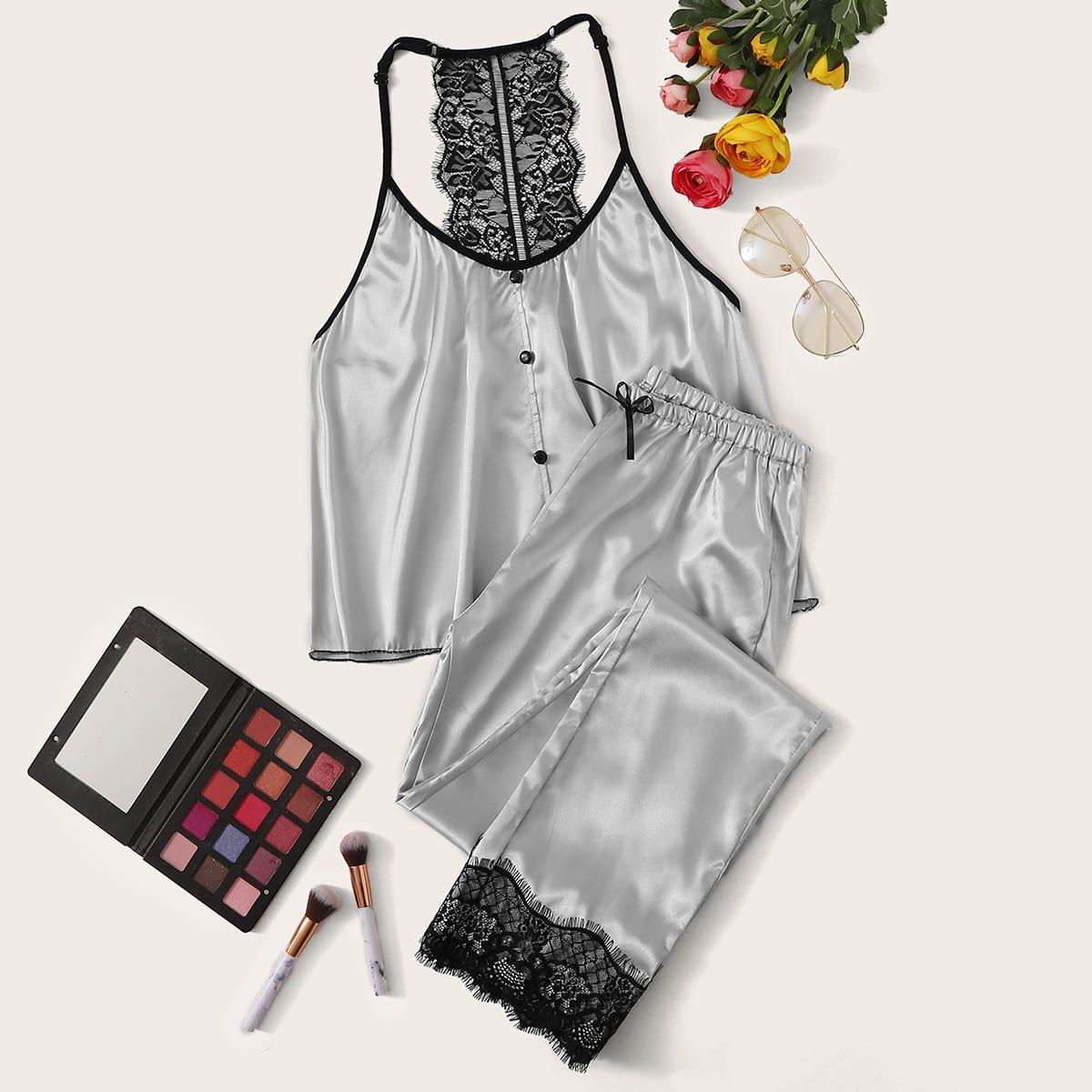Атласная пижама на бретелях с кружевом