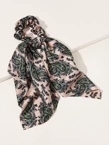 Paisley Pattern Scrunchie Scarf
