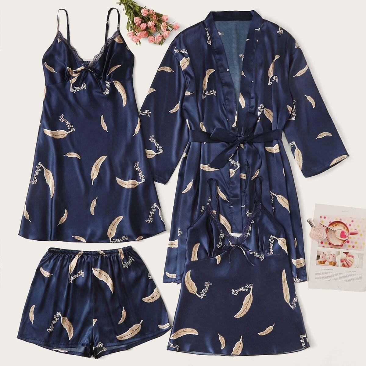 Атласное платье, пижама и халат с принтом