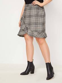 Plus Plaid Ruffle Hem Skirt