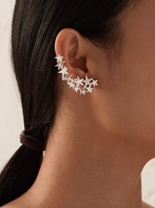 Rhinestone Engraved Star Ear Crawler 1pair